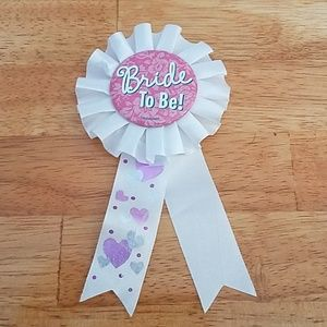 Jewelry - Bride to Be! Ribbon Pin